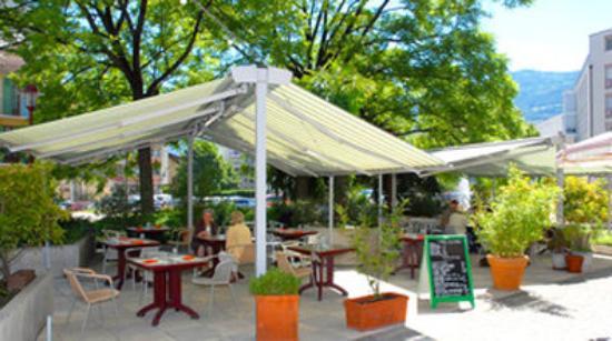 Hotel Du Rhone: Restaurant