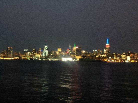 Wicked Wolf Tavern: View of Manhattan from the Wicked Wolf!