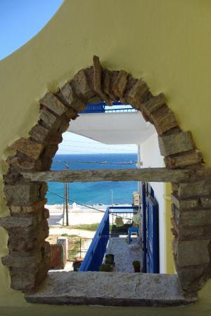 Voreades : Balcony View