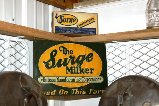 Maysville, MO: 1930 Surge Milker sign Babson Manufacturing Corporation