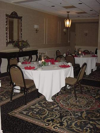 Radisson St. Joseph: Ideal for any Social Gathering or Business Event.