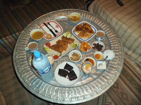 Foutour & Sarir Riad: Local delicacies prepared on the premises.