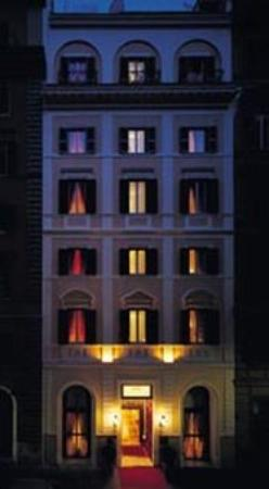 Photo of Bailey's Hotel Rome