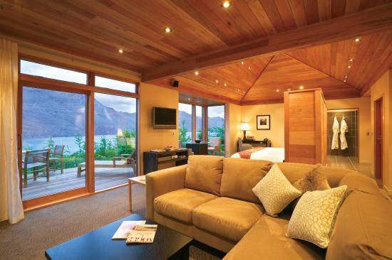 Azur : Luxury Villa