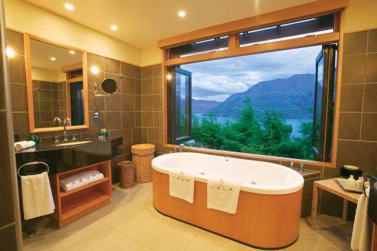Azur : Bath Room