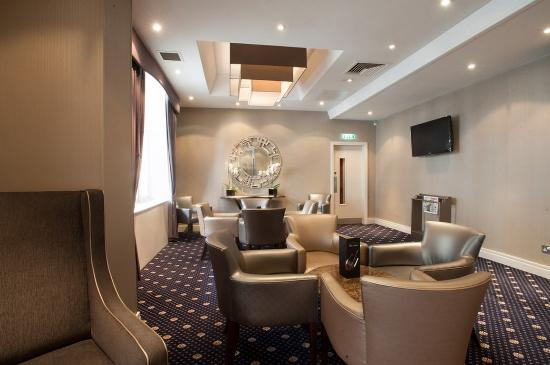 The Norfolk Towers Hotel: Lounge