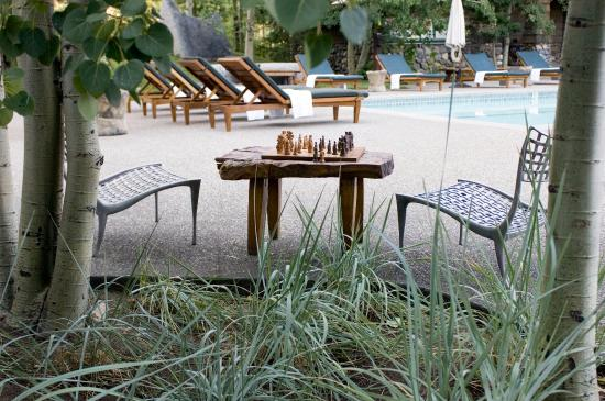 PlumpJack Squaw Valley Inn: Chess Table Pool Deck