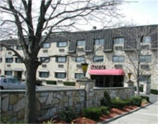 floral park motor lodge prices motel reviews ny On floral park motor inn