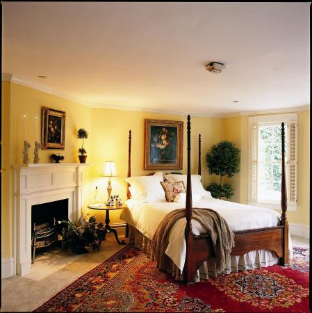 The Willcox: Guest Room