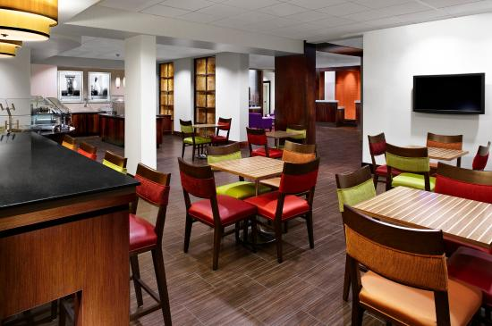 Four Points by Sheraton Memphis East: Cafe
