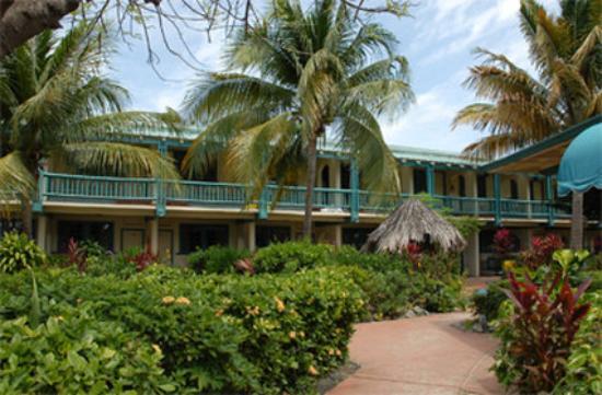 Island Beachcomber Hotel: Exterior