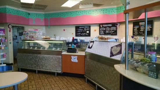 J's Ice Cream Parlor