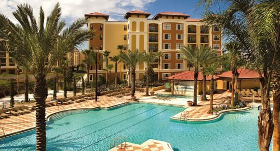 Floridays Resort: Exterior