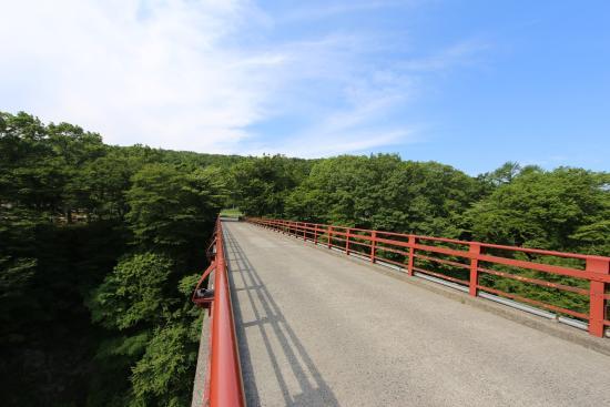 Shirakawa, ญี่ปุ่น: 雪割橋