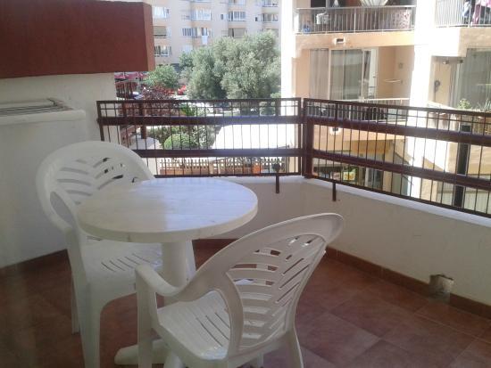 Apartamentos Lido: Balcón