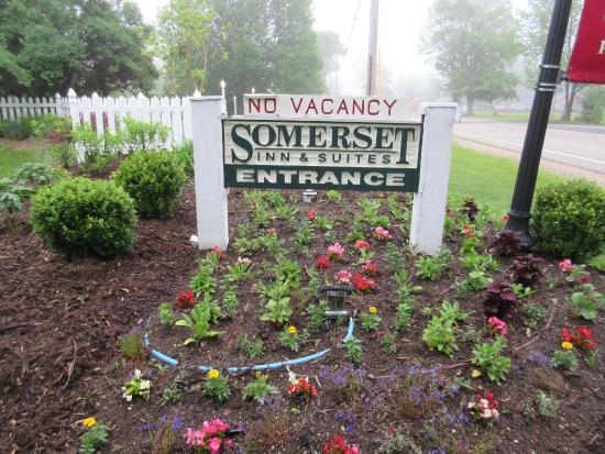 Somerset Inn & Suites: Somerset Inn.