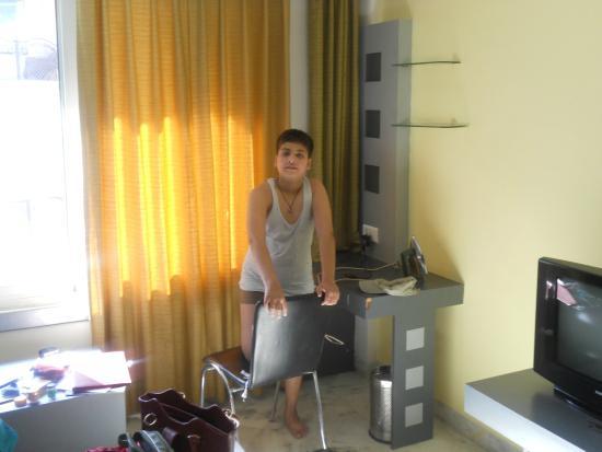Hotel Grande Sita: Room