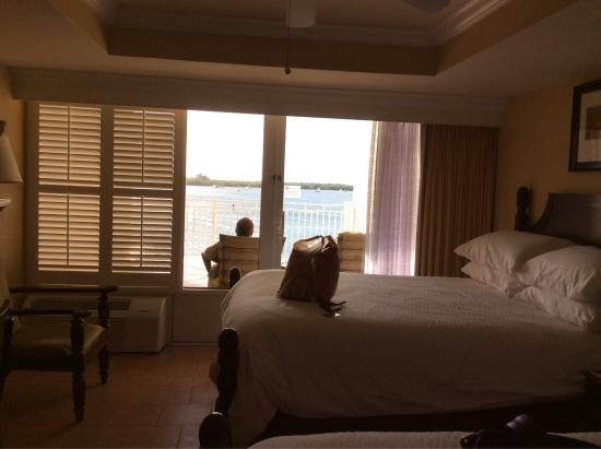Interior - Pier House Resort & Spa Photo