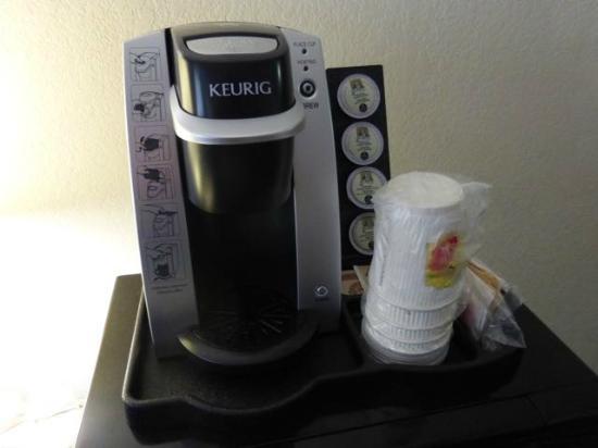 Super 8 Williams Lake BC: In-room Keurig coffee machine