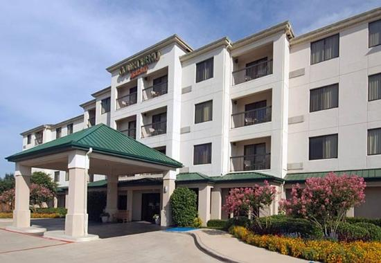Photo of Courtyard By Marriott Mesquite