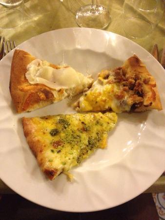 Agriturismo Vultaggio : Buffè di antipasti e pizza deliziosa!