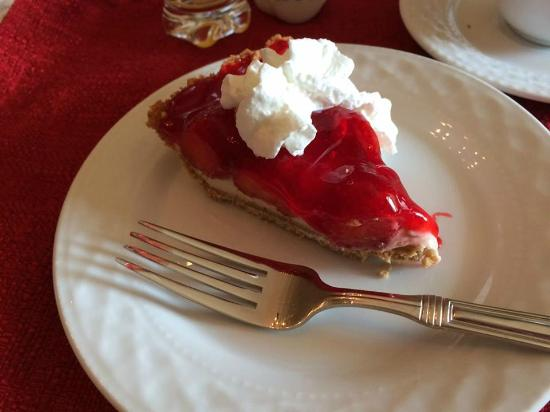 Gordonville, PA: Breakfast end with a homemade dessert