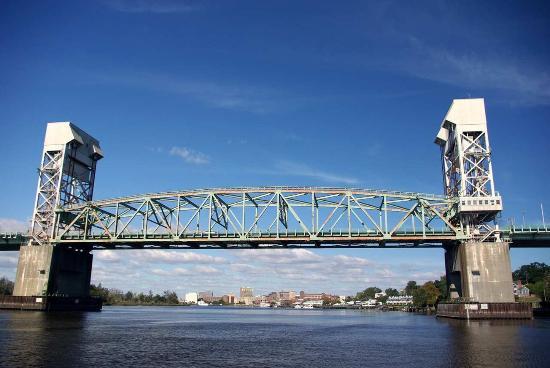 Hilton Garden Inn Wilmington Mayfaire Town Center: Cape Fear Memorial Bridge