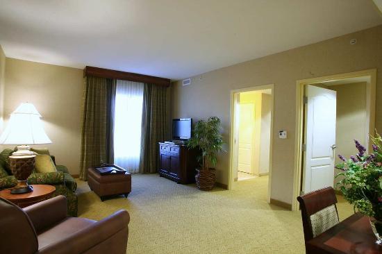 Homewood Suites Hagerstown: Two Bedroom Suite Living Area