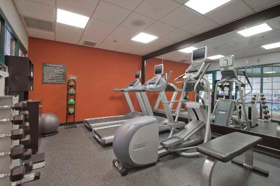 Homewood Suites by Hilton Boston: Fitness Center