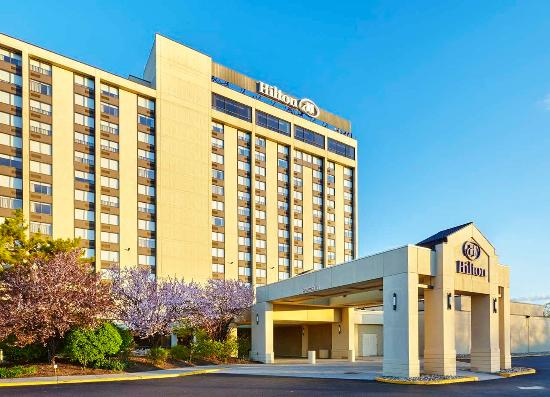 Hilton Hasbrouck Heights / Meadowlands: Hotel Entrance