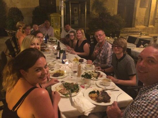 La Placeta Restaurante: Family meal at La Placeta