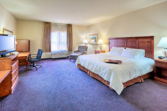 Photo of Hampton Inn & Suites Palmdale