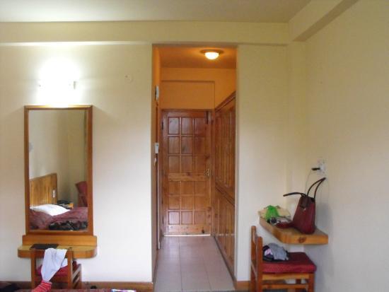 Hotel Manali Continental: clean