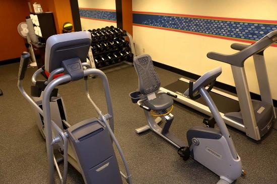 Hampton Inn & Suites Greenfield: Fitness Center