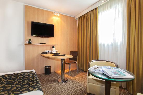 best western corsica hotels bastia centre hotel france voir les tarifs et 427 avis. Black Bedroom Furniture Sets. Home Design Ideas