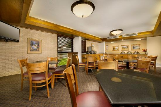 Drury Inn & Suites San Antonio Northeast: Dining Area