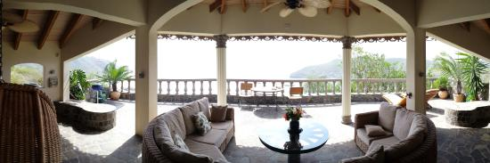 Belmont, Bequia: Patio on the Penthouse Suite