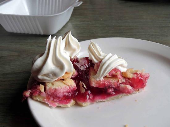 The Pub N Grub : Small piece of cherry pie
