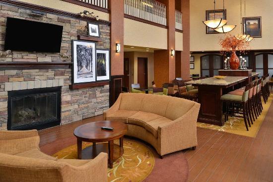 Hampton Inn & Suites Boise-Meridian: Lobby