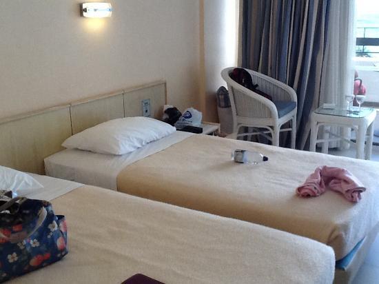 Aquila Porto Rethymno: Beds