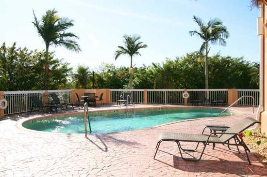 Hampton Inn Port Charlotte / Punta Gorda: Recreational Facilities