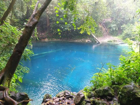 Jambi, Индонезия: Blue Crystal Water