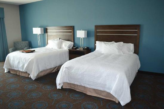 Hampton Inn & Suites Edgewood/Aberdeen-South: 2 Queen Beds