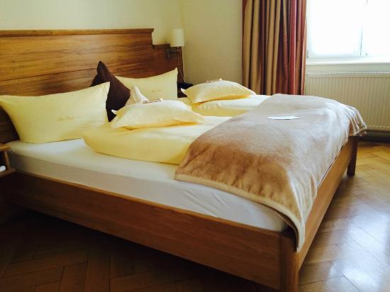 Alte Post Hotel-Gasthof: Bett