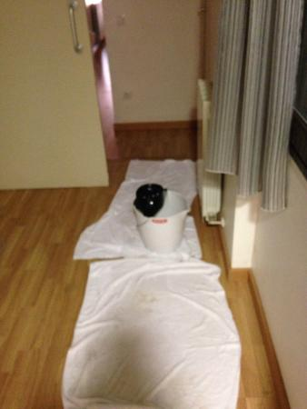 MH Apartments Guell: Cleaning the results of the leak ourselves