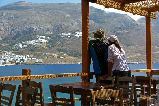 Levrossos Beach Tavern: View from Eating Area