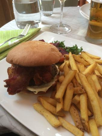 Bistron Burgeri 16,80 €