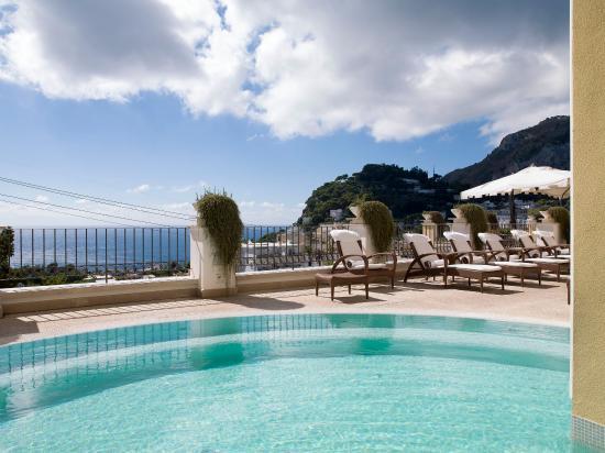 Capri Tiberio Palace: Pool