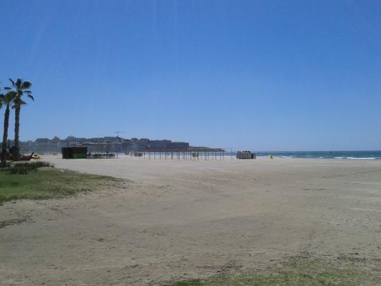Playa de Poniente: Great beach