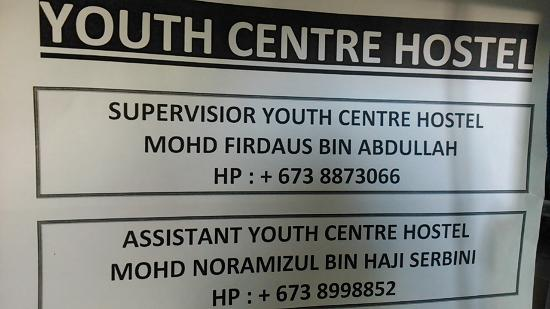 Pusat Belia Youth Hostel: just contact the person through WHATSAPP, faster response